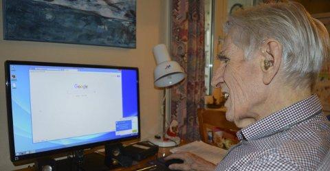 Knut Gjertsen (91) liker å sjekke fakta før han skriver leserbrev.