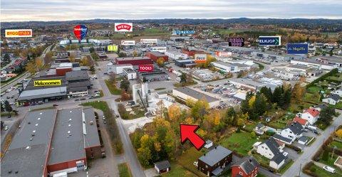 TIL SALGS IGJEN: Den 6,3 mål store Norbetongtomta i Gneisveien på Pindsle er lagt ut for 16 millioner kroner.