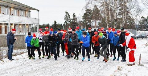 ENTUSIASTER: Disse løpsentusiastene ligger ikke på latsiden i jula.