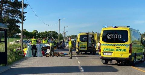 Et seaking-helikopter ble rekvirert, men da motorsyklisten viste seg å være stabil, og ikke kritisk skadet, ble han kjørt til Kalnes sykehus med ambulanse.