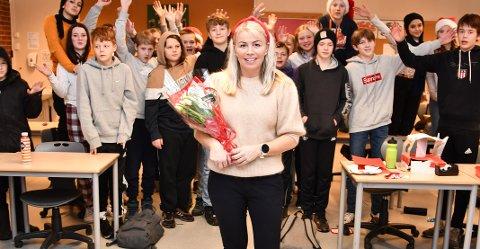 – POPULÆR: Elevane i 8A fortel at Marianne Krumsvik er godt likt både blant elevane i klassen og på trinnet, og at dei føler seg heldige som får ha ho som kontaktlærar.