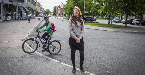 Asdsds: ad Mari Olimstad i kommunens planavdeling sier at flere av forslagene fra Norconsult er kontroversielle  Alle foto: Åsmund A. Løvdal