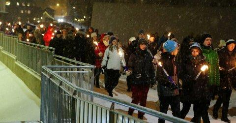 FELLES FEIRING: 1100 mennesker møtte opp for å se på fyrverkeriet i Vollen nyttårsaften.