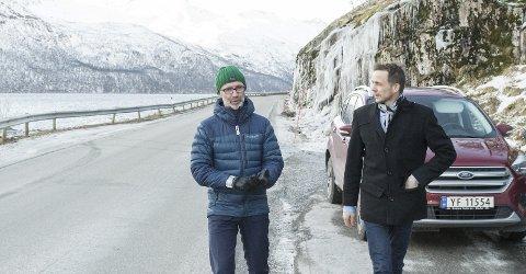 Ser behovet: Samferdselsråd Svein Eggesvik var på befaring ved Glombergan torsdag 21. februar sammen med ordfører Sigurd Stormo.Begge bilder: Johan Votvik