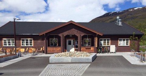 Beiarn Kro og Hotell ble solgt i fjor. Nå har spisestedet gjenåpnet i ny drakt.