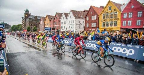 Byen blir fylt med proff-syklister, tilreisende og bergensere den neste uken. Del dine bilder med emneknaggen #sykkelBA