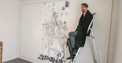 Stort verk: Martin Schreiner vil gjerne tegne i stort format. «Yggdrasil» har han brukt mellom 600 og 700 timer på å tegne.