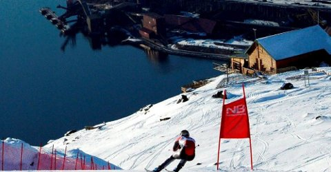 VM i alpint i Narvik kan by på spektakulære bilder. Men kampen om arrangementet kan bli hard.