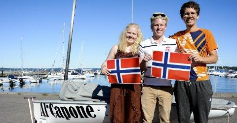 VM-LAGET: Nora Brodtkorb, Christian Laberg Kristoffersen og Lars Johan Brodtkorb danner tre firedeler av det norske laget i lag-VM for europajoller. Christians båt, Al Capone, er klargjort for comeback.