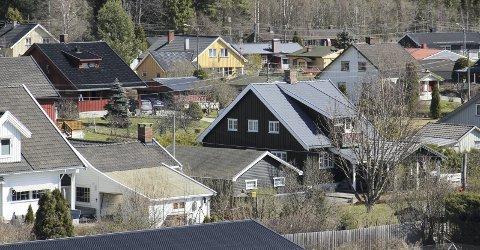UTFORDRING: Retakseringen av eiendommer i Eidskog er altfor urettferdig, mener Lotte Bonnerud. Dette bildet er fra Hagebyen på Skotterud.FOTO: BÅRD ENGH