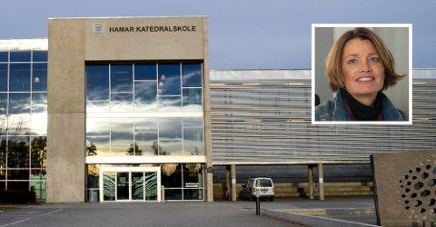 BRÅK PÅ «KATTA»: Torsdag oppsto det bråk på Hamar katedralskole. Rektor, Ingvild Rønn Sætre (innfelt), har tidligere opplyst overfor Østlendingen at skolen har rutiner for å håndtere slike situasjoner på skolen.