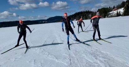 MYLLA: Anders Aukland og hans team i aksjon på Myllavannet denne helga.