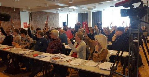 LANG KAMP: Fra årsmøtet i Finnmark Ap tidligere i år, der fylkespartiet sa nei til å oppnevne medlemmer til fellesnemnd med Troms