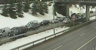 KØ: Statens vegvesens webakmera fra Hanekleiva viser køen som følge av ulykken.