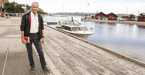 """FORFATTER: Finn Sjue kom med sin dokumentar """"Ravnen"""" i fjor."""