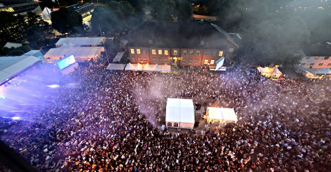 STORT: 11.000 var på Kirketorget da Kygo var på besøk under Kongsberg jazzfestival i fjor.