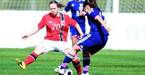 Dyktig: Toppseriespiller Marita Holmen Iversen har flere kamper med flagget på brystet.Foto: Arkiv