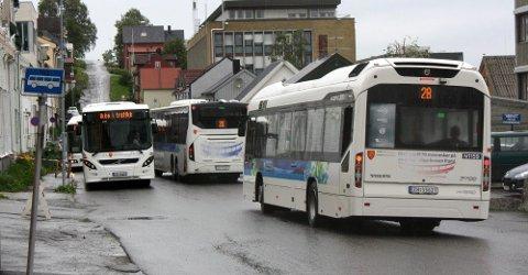 BUSS: Fylkeskommunen søkte tidligere i år om støtte til å fase inn el-busser i Tromsø. Det har gitt resultater.