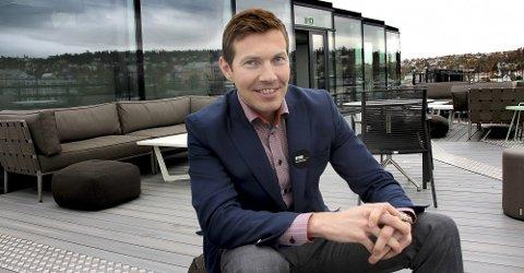 GÅR AV: Øyvind Alapnes har vært direktør på The Edge i fem år. Nå går han videre til ny jobb i Clarion-systemet. Foto: Øystein Barth Heierdahl-