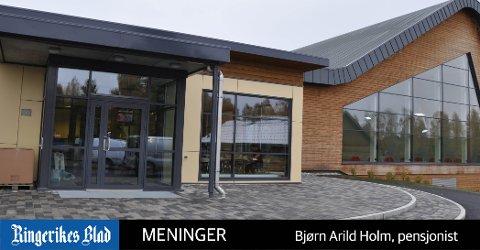 HVORFOR? En god begrunnelse for hvorfor badstua er stengt, hadde vært på sin plass, mener Bjørn Arild Holm.