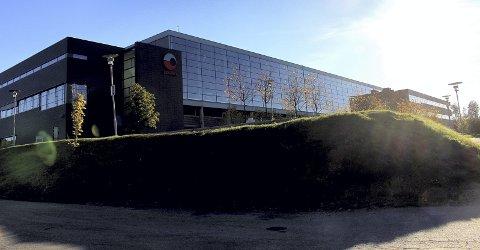 STØRSTE BIDRAGSYTER: Østlandsterminalen på Robsrud gjør at Posten er den suverent største eiendomsskattyteren i Lørenskog. I perioden 2008-2016 har Posten Eiendom Robsrud AS betalt til sammen  66,5 millioner i slik skatt til kommunen. I 2019 kommer det ytterligere 9,6 millioner fra terminalen.