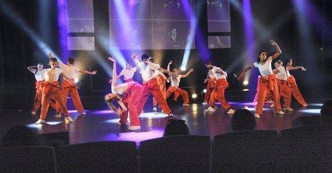 DANSESONEN: Sommerskole med 18 ulike danseklasser foregår på Spikkestad, Vollen og Heggedal i august
