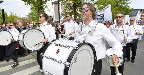 Godt humør: Drum Drøm Boys gleder seg til å spille på Torvet mandag klokka 16.40, som luke 12 i kalenderen. Foto: Privat