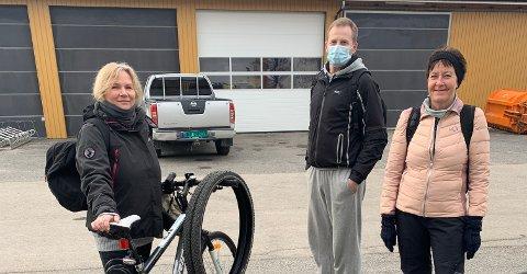 Marion Tallakstad, Vherner Jenssen og Anne Tekshov jobber alle ved Sykehuset Telemark i Skien. De velger sykkelen framfor bilen når de skal på jobb.