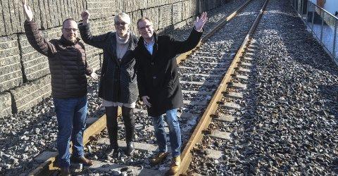 Stor tro: De har alle tre stor tro på høyfartsbaneprosjektet. Fra venstre hjartdalsordfører Bengt Halvard Odden, sauheradordfører Mette Haugholt og notoddenpolitiker Torgeir Fossli. Alle de tre kommunene er medeiere i prosjektet, sammen med en lang rekke andre kommuner. Rogaland fylkeskommune er med, Telemark og Hordaland på vei inn.