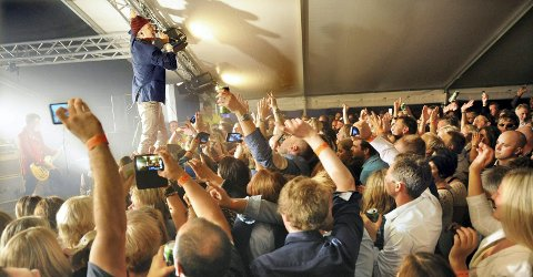 Morten Abel fikk stemningen i taket sist han var med på Byfesten.