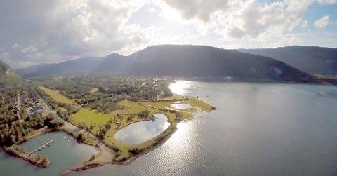 På Øyra, noen hundre meter fra selve Slipen på Rognan, skal Blåfrost nå arrangere ny festival.