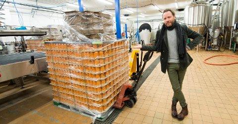SAMARBEID: Magnus Grønneberg gleder seg til 60.000 bokser rulles ut i Meny-butikker i hele Norge neste uke.
