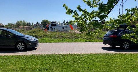 Et Seaking-helikopter ble tilkalt etter ulykken.