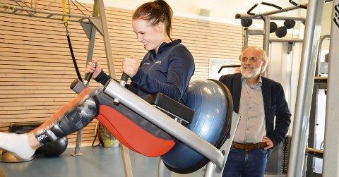 PÅ VEI INN: Gjennom et tett samarbeid med Olympiatoppen, er toppidretten i Norge på vei inn i de fine lokalene på Bakkenteigen. Rektor Petter Aasen og instruktør Margrethe Aune i Studentsamskipnaden gleder seg allerede.