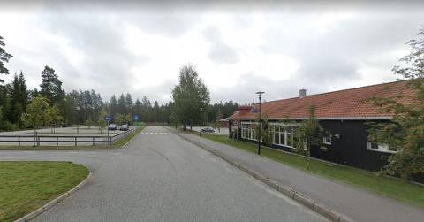 KJØRTE FOR FORT: Flere kjørte for fort da politiet hadde kontroll ved Skotterud barneskole mandag morgen. Én kjørte så mye som 25 kilometer over fartsgrensa. Foto: Google Maps