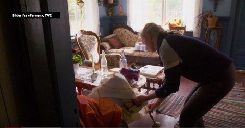 Inger Cecilie Grønnerød fra Halden lager drama i årets sesong av «Farmen». I forrige episode satt hun fyr på ukesoppdraget inne i huset.