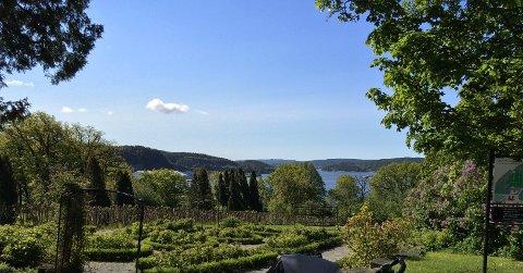 Utsikten fra Rød herregård.