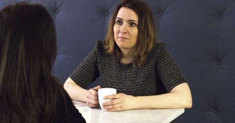 TIL HAMAR: Camilla Fosse kommer og besøker Kreftforeningen.