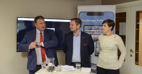 Hf-debatt: Kven som vil samarbeide med kven er framleis heilt uavklart. F.v. Roald Aga Haug (Ap), Erlend Nævdal Bolstad (H) og Lajla-Margrethe Lindskog-Lund (Sp). foto: Ernst Olsen