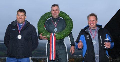 NM-SØLV: Olav Fredriksen (t.v.) ble sølvvinner i NM i bakkeløp. Tom Kristian Lien tok gull mens Jarle Lippert tok bronsen. FOTO: BILSPORTFORBUNDET