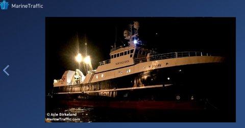 Det er denne tråleren som har gått på grunn. Foto: Asle Birkeland/Marine Traffic