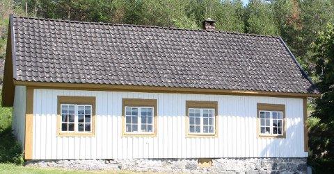 FORPAKTERBOLIGEN: Bamble kommune har lyst ledig utleie av forpakterboligen på Langøya, og ønsker i utgangspunktet huset brukt som kafé og kystledhytte for allmennheten.  Det har meldt seg 4 søkere til å leie forpakterboligen i 10 år. Kommunedirektøren innstiller på å gi leiekontrakten til Langøya  Hovedgård drift AS.