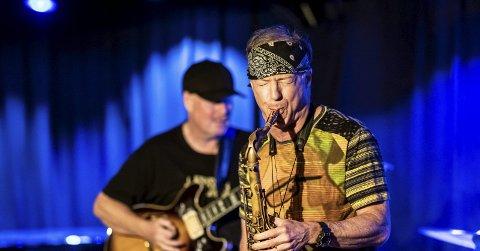 To av fire store: Bill Evans på saksofon spilte i band med ingen ringere enn Miles Davis på 1980-tallet. Han har også spilt med andre storheter som Herbie Hancock, John McLaughlin og Mick Jagger. Ulf Wakenius på giitar spilte i bandet til Oscar Peterson i ti år.foto: lars solbakken
