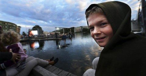 Spent vikinggutt: Niclas Alexander Lie Evensen Berg gleder seg til den offisielle åpningen av Tønsberg Vikingfestival. Det blir spennende og interessant, sier han. Alle Foto: Kirvil Håberg Allum