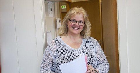 Austrheim-rektor Kjersti Haugland kan sleppa jubelen laus etter at vedtaket om å bevara Austrheim vidaregåande skule no er fatta i fylkestinget.