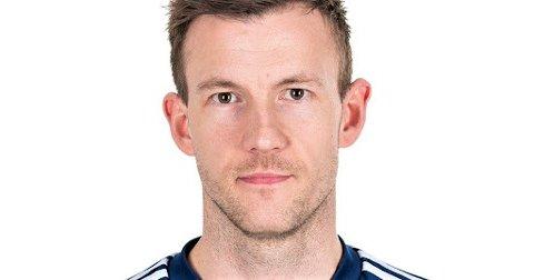 KAPTEINEN: Førre heimekamp berga han eit poeng, no fekk Florø alle tre og nok ein gong teikna midtstopparen Christer Husa seg på scoringslista.