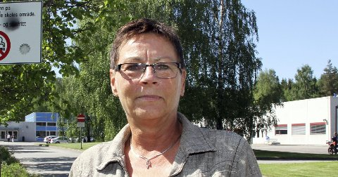 IKKE OVERRASKET: Rektor Hanne Foss ved Skarnes videregående skole. ¬ ¬ FOTO: LARS FOGELSTRAND