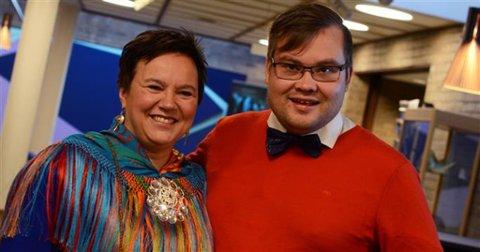 OVERTAR: Fylkesordfører Ragnhild Vassvik tar ferie fra 16. juli, og fra da blir Tarjei Jensen Bech politisk sjef i Finnmark.