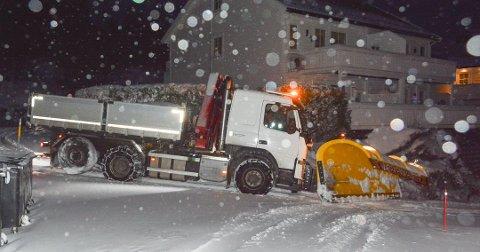 Fra natt til tirsdag til natt til onsdag er det sendt ut farevarsel på gult nivå, hvor det er ventet snø mellom 10-20 centimeter.
