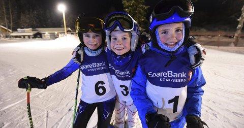 ALLSIDIGE JENTER: Kristina Mazur Ihler (t.v.), Leah Nygård Neumann og Sonja Helmine Westrum har mange hobbyer.